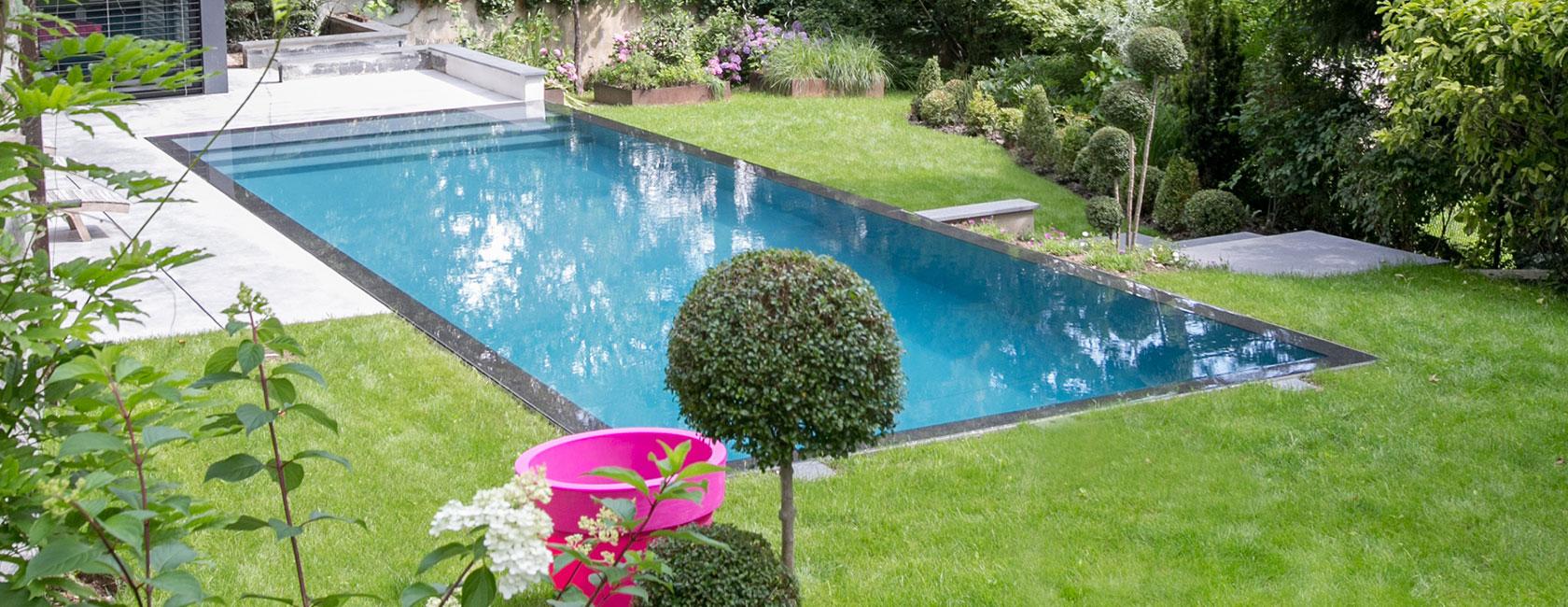 piscine miroir à débordement