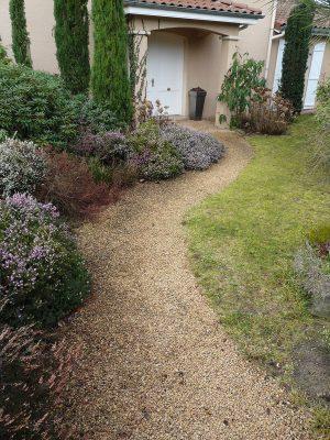 Aménagement de jardin - Accès et entrée d'un pavillon